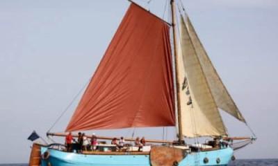 Sous voile tribord e1517702388218