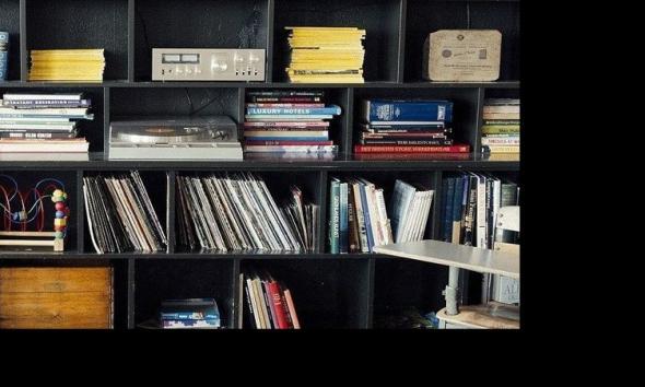 bookshelf 413705 1920 e1585999365527