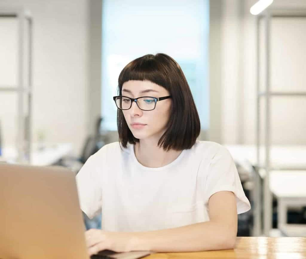 photo of woman using laptop 3184608 e1583868224243