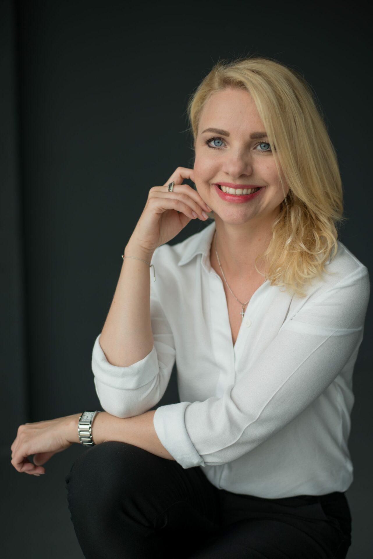 Evgenia Khimenko Mindy Support
