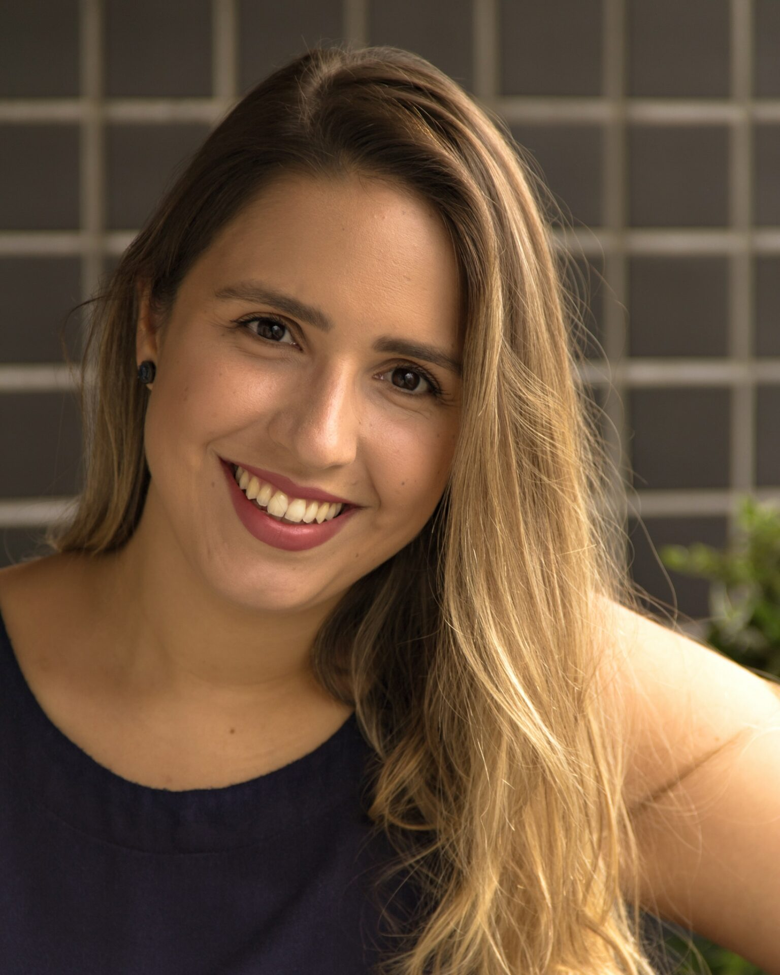 Marcela Lessa Yunus & Youth
