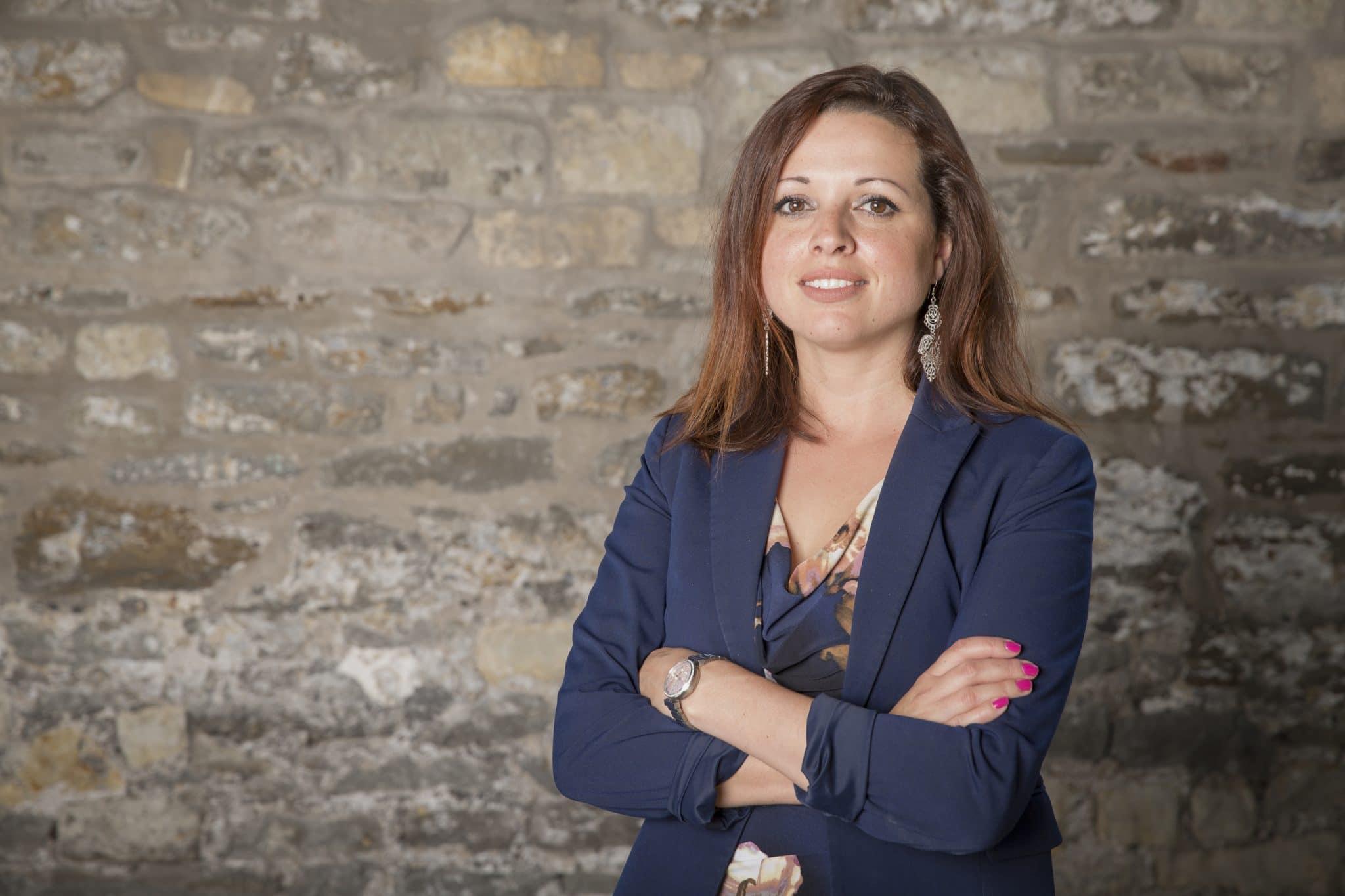 Dr. Zara Nanu Gapsquare