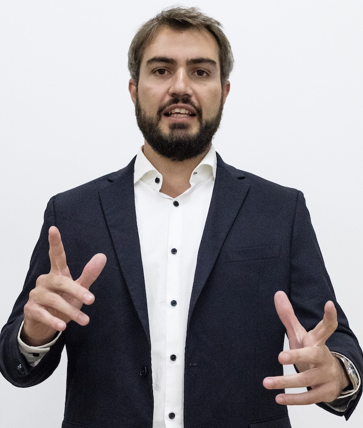 Adrian Vinuales Jobartis