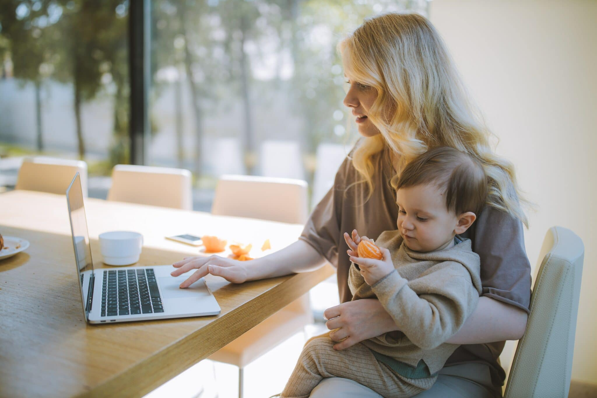 How to manage your employees remotely
