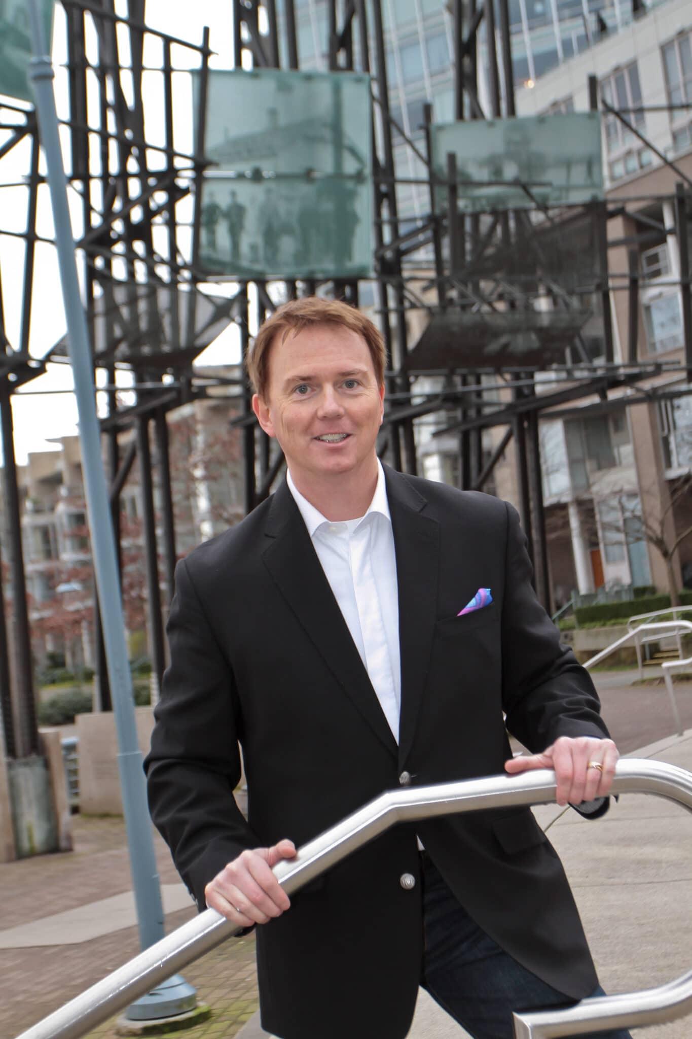 Mark Fitzsimmons 360 Degrees Management