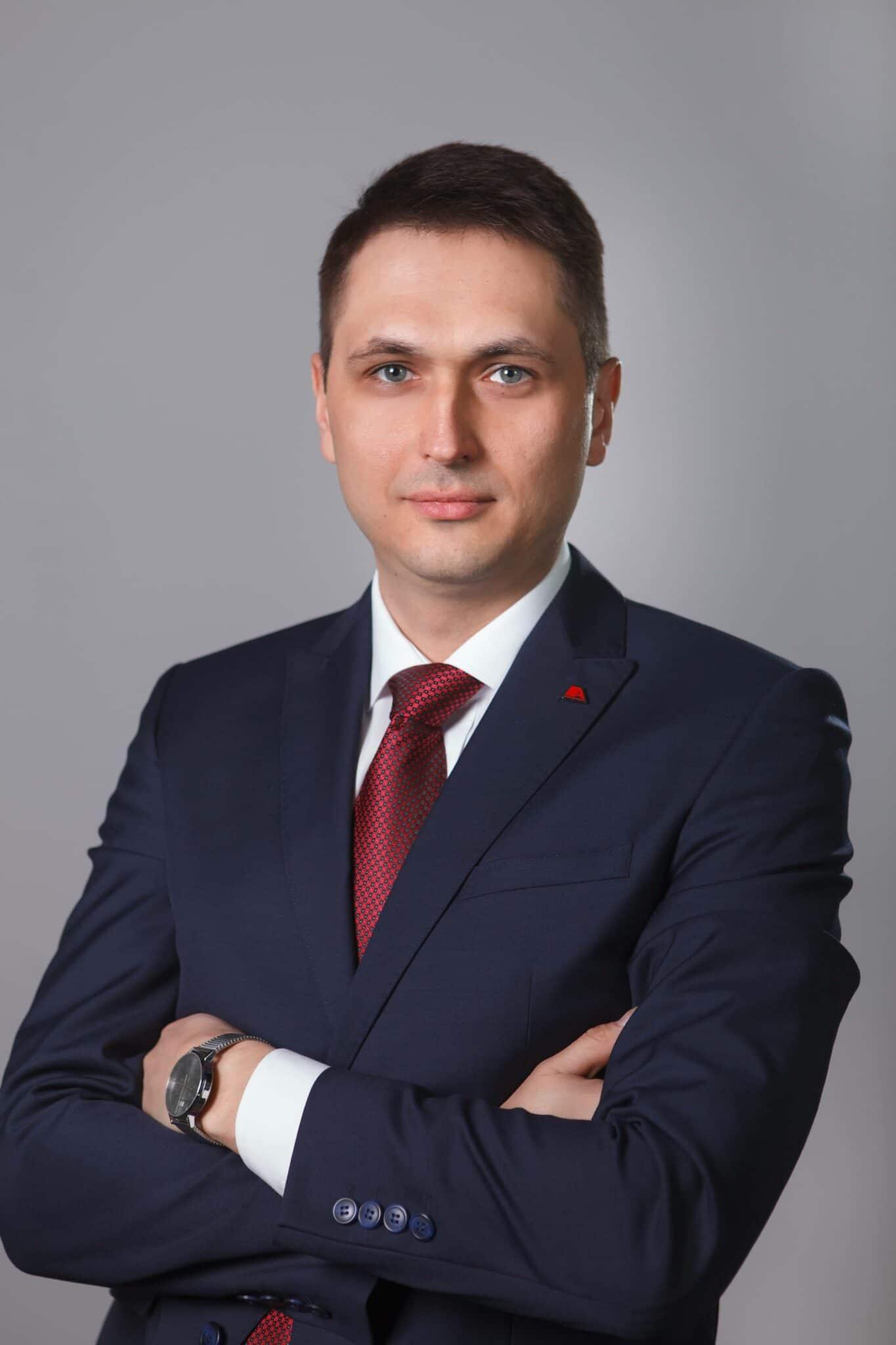 Dmytro Lukomskyi Avenston Group