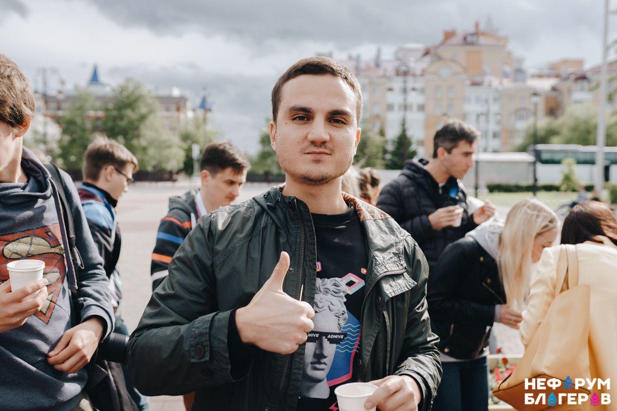 Philipp Shayzhanov Yoloco