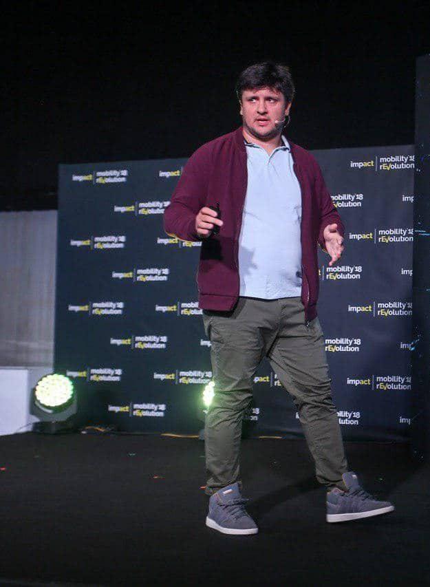 Alex Bondarenko Discoperi