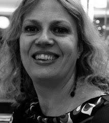 Olga Crosse CROSSE HR