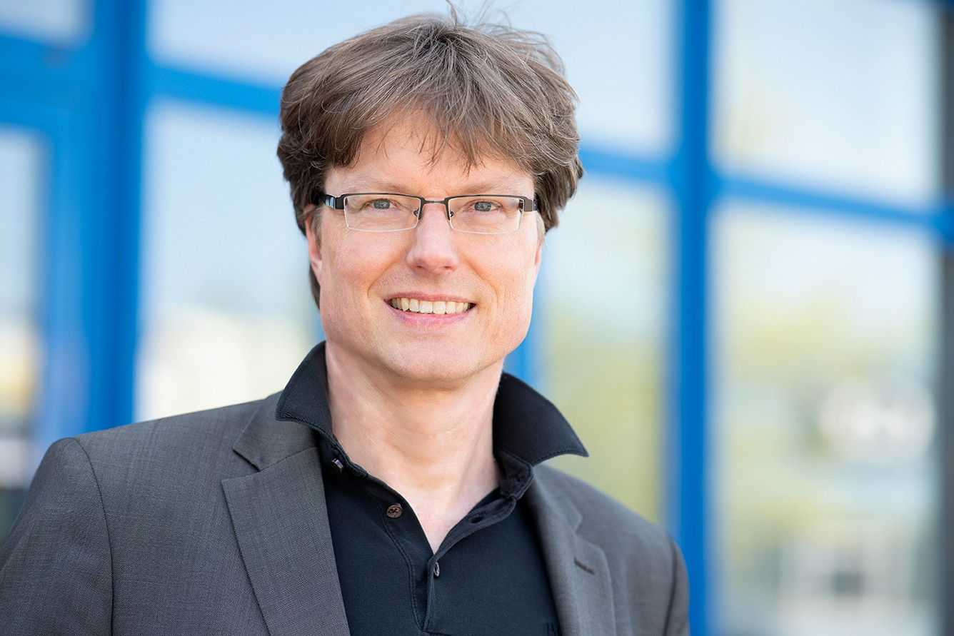 Dr. Carsten Corino SunOyster Systems GmbH