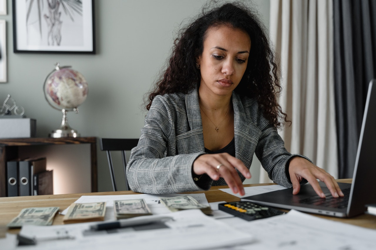 Signs You Need to Switch Payroll Companies