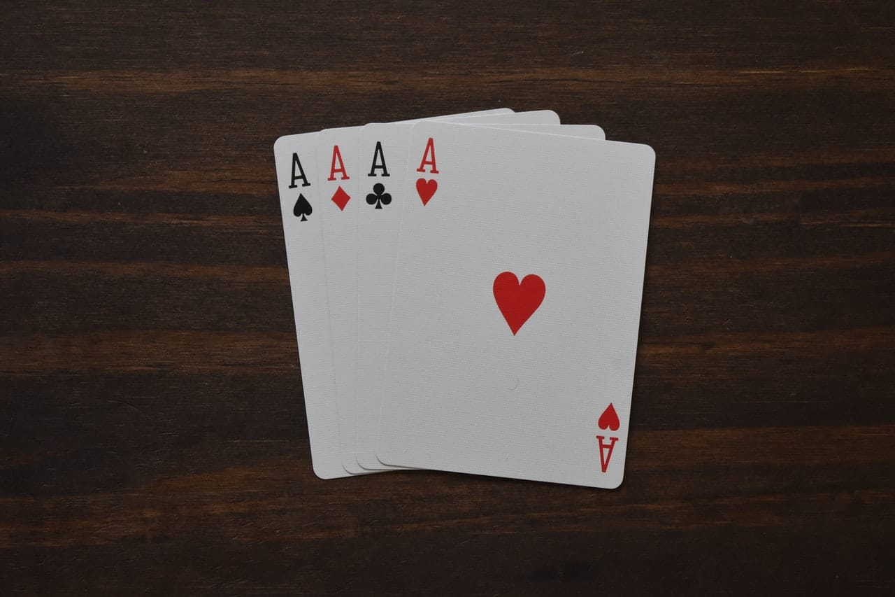 Solitaire game that you need to play