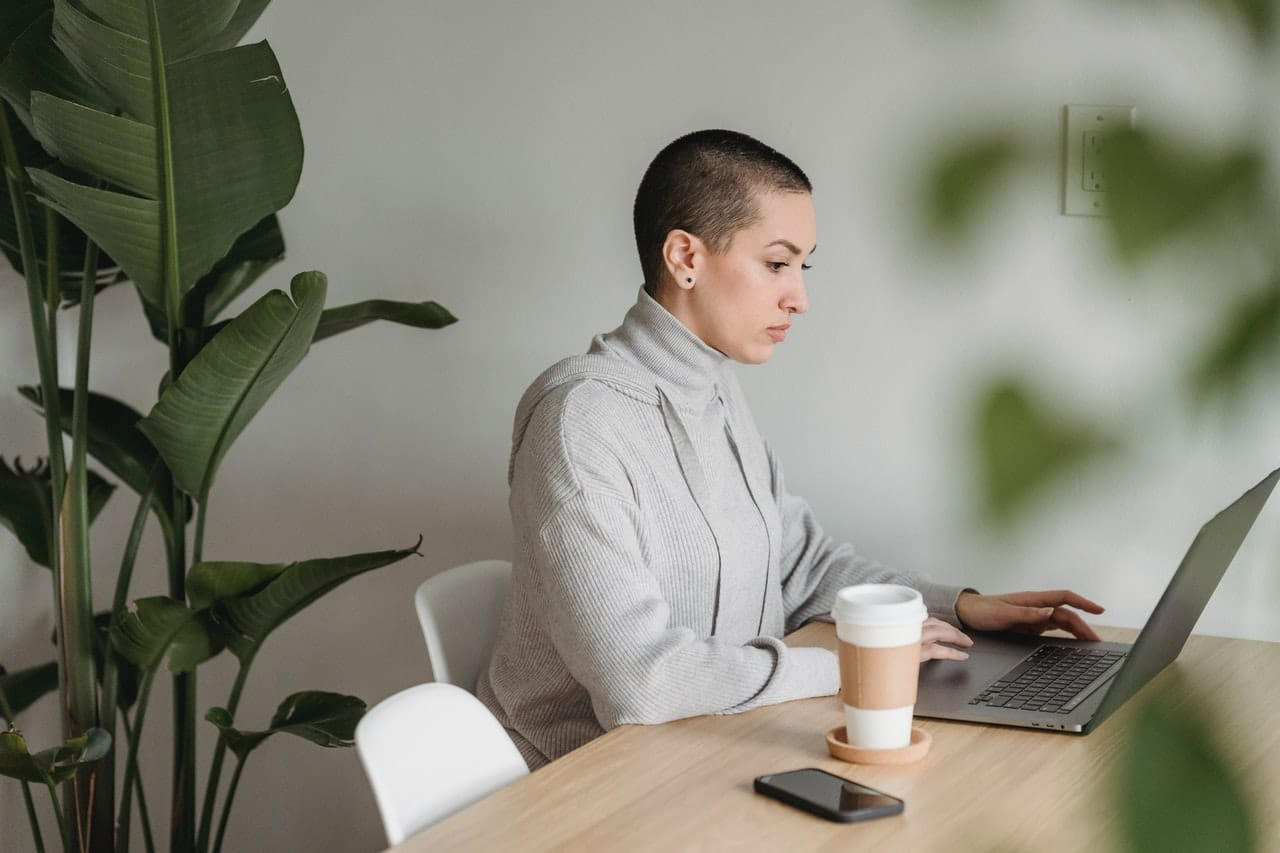 evolution de l employe de bureau